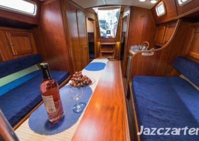 Victoria wnętrze jachtu żaglowego