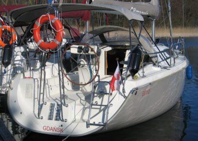 rufa jachtu maxus 33 Roma