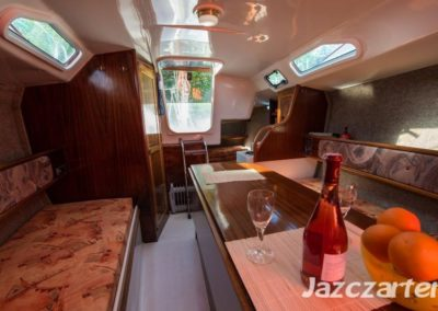 mesa jacht fortuna 27
