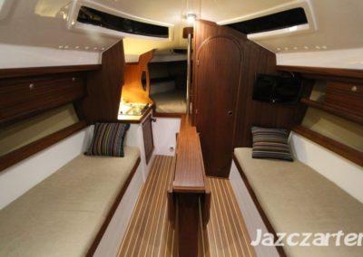 wnętrze jachtu Nubian 24