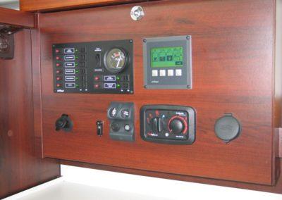 panel sterowniczy łodzi nautika 1000