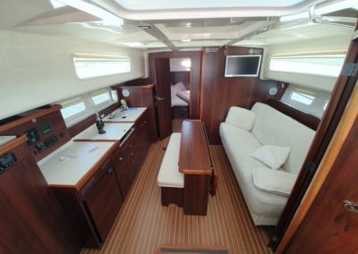 wnętrze jachtu Nautica Minorca