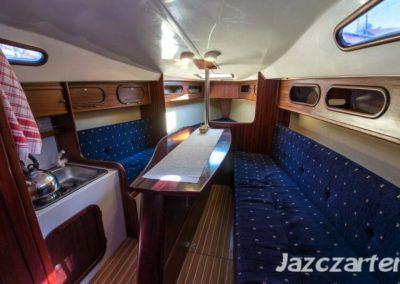 wnętrze jachtu phobos 24