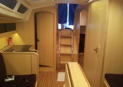 wnętrze jachtu Tango 33 Midori