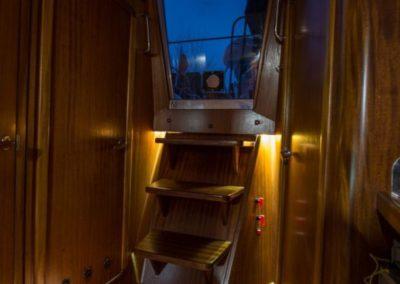 zejściówka nocą oświetlenie led